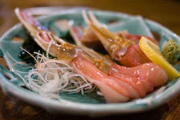 カニ刺し(おけしょう鮮魚海中苑)