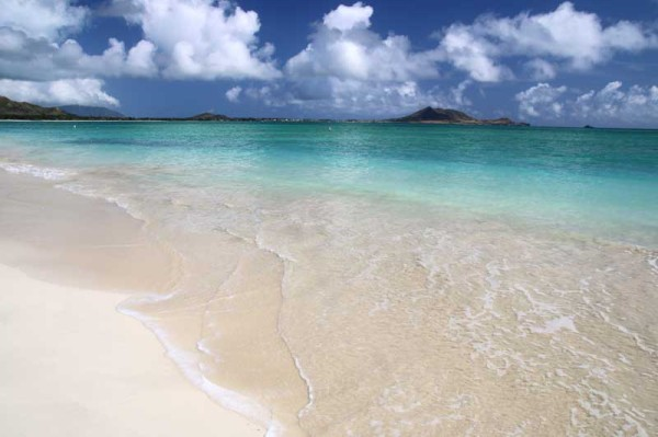 カイルアビーチは、風が強く波が高いことが多いようです