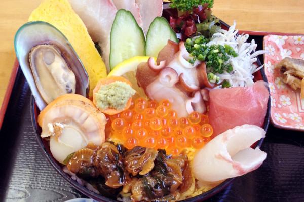 おおはま食堂 海鮮丼