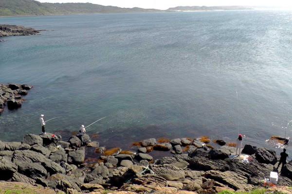 角島牧崎は、海釣りができます。