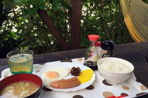ビーチコマー 日替わりの朝食プレート