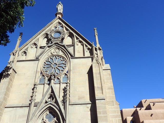 ロレットチャペル(Loretto Chapel)